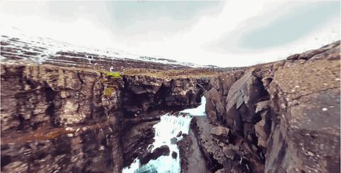 见识冰の国——在VR里游冰岛!