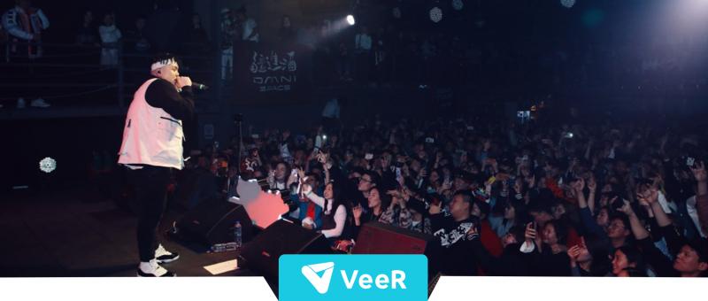记忆之声 | 当VR空降演唱会,终于可以为艾福杰尼随时打Call了!